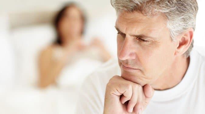 pénisz zavarja az alvást