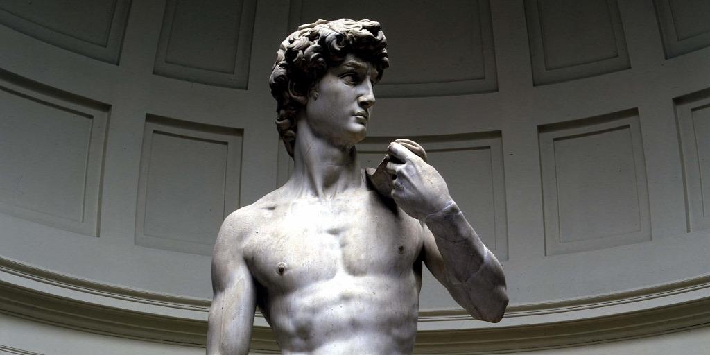 szobrok péniszei