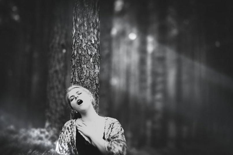 mi a merevedés a nők fotóin)