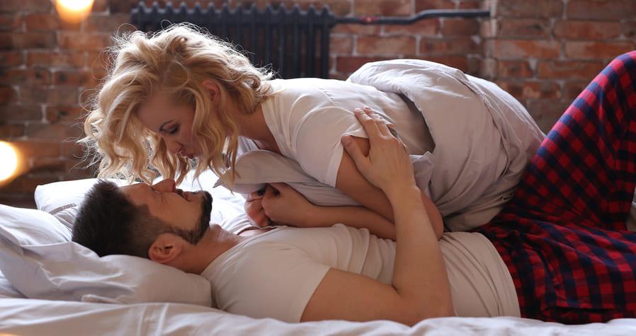 növeli a lány erekcióját a férfinak gyors a merevedése